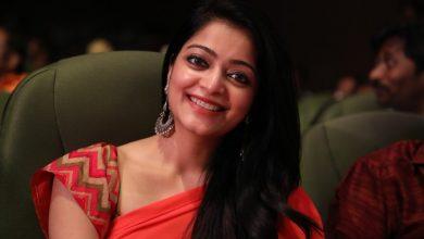 Photo of Actress Janani Iyer Gallery