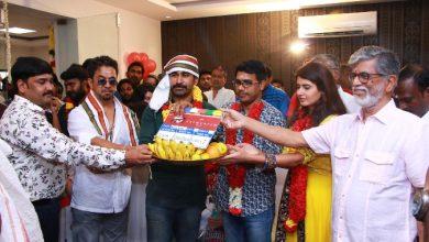 Photo of Kolaigaran Movie Pooja Stills