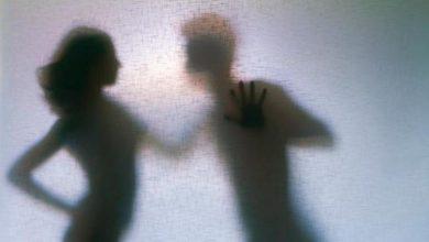 Photo of கள்ளக்காதல் விபரீதம்; பெண்ணின் பிறப்புறுப்பில் அயன் பாக்ஸால் சூடு வைத்த பெண்!