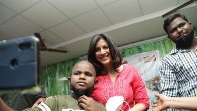 Photo of அவ்வை இல்லத்தில் பிறந்தநாளை கொண்டாடிய நடிகை வரலட்சுமி சரத்குமார்!